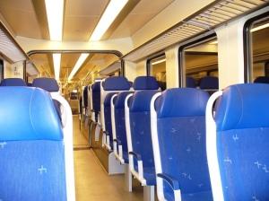 Suasana Dalam Kereta Antar Amsterdam - Leiden