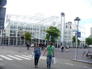 Leiden Central dari kejauhan