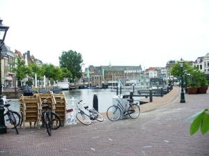 Area santai di Leiden