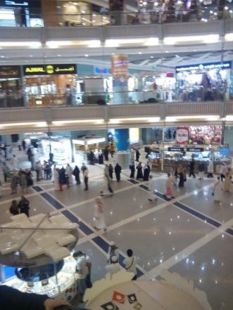 Suasana mall di Clock Tower